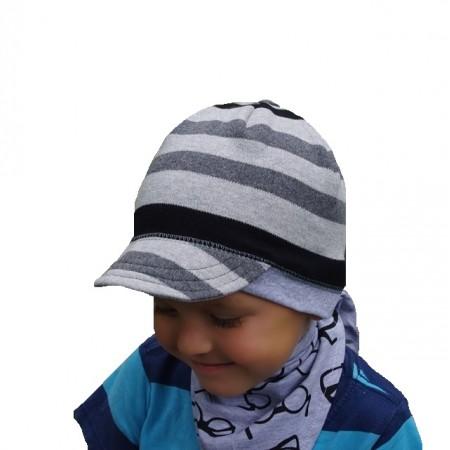 Wiosenna czapeczka dla chłopca